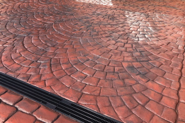 Textured-Flagstone---Tile-Red-with-Slate-Grey-Antique