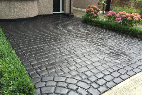 old english cobble - charcoal 1